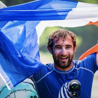Un surfeur landais sacré champion du monde